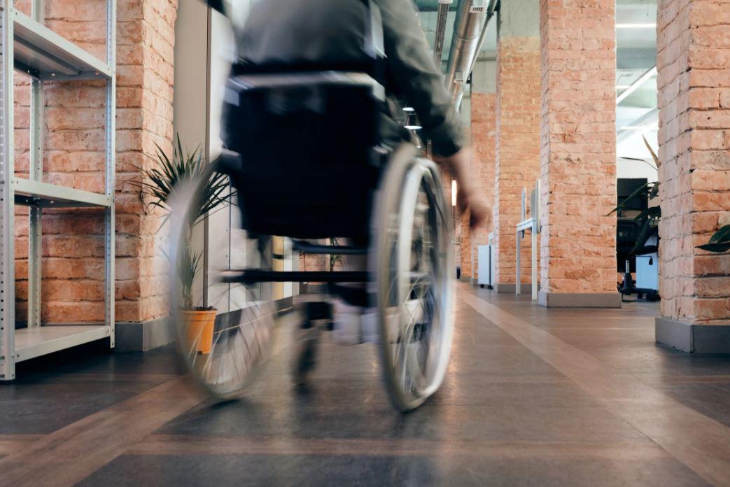 Plattformlift Rollstuhl_Beitragsbild